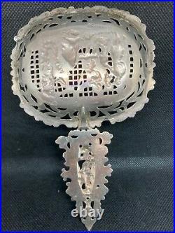 1894 John. Neurdenburg Dutch Knights Scenic Liquor Absinthe Sterling Silver Spoon