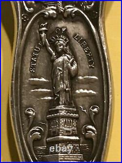 Beautifully detailed 8 SCENES OF NEW YORK Vintage Sterling Souvenir Fork