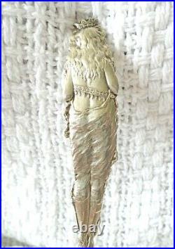 GORHAM Sterling 1893 Chicago World's Fair souvenir spoon featuring'Miss Chicago